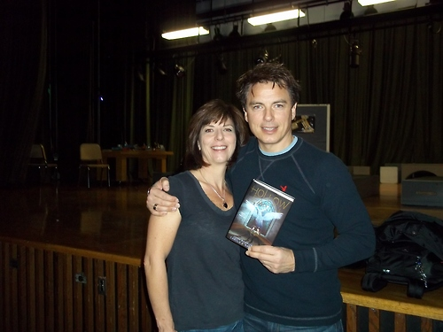 Interview with Hollow Earth author, Carole Barrowman!